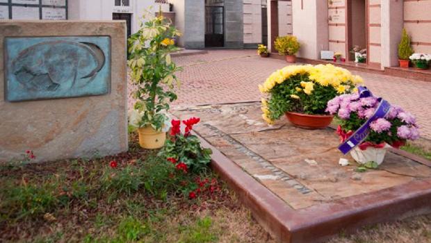 Tomba di Cesare Pavese a Santo Stefano Belbo