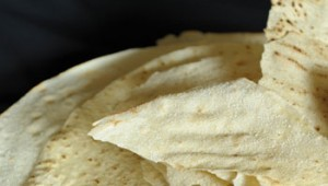 Il pane carasau. Storie e ricette di un'antica tradizione isolana