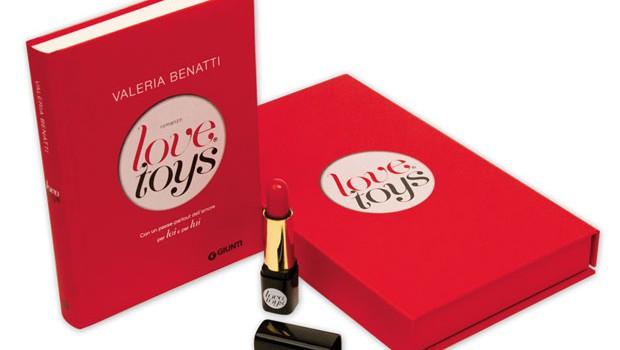 Love toys di Valeria Benatti e il tè speziato alla cannella