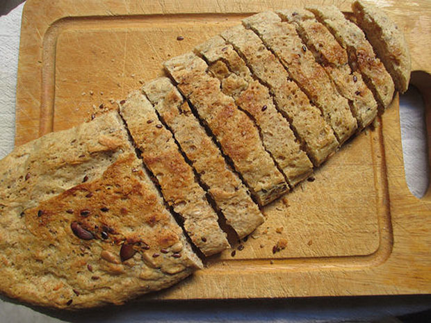 Il ragazzo mucca di Michele Serra e il pane fatto in casa